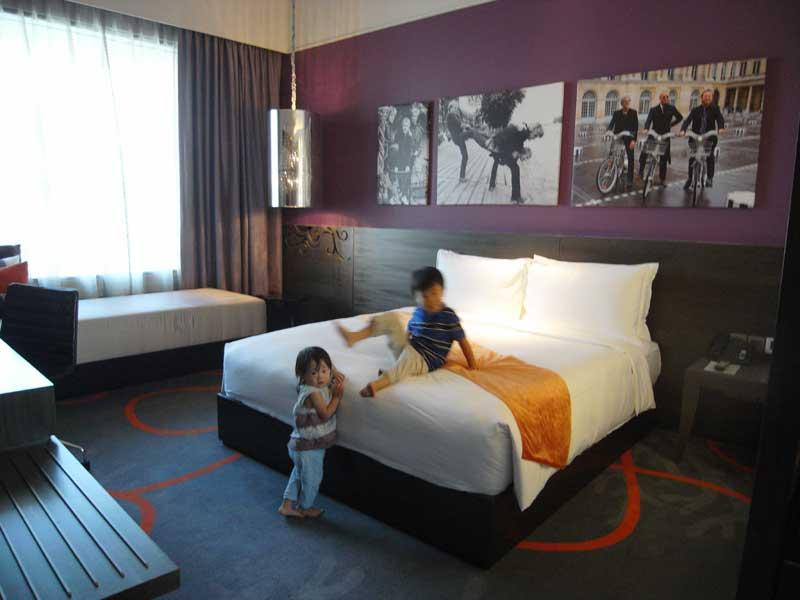 ハードロックホテルの客室 ベッドルーム